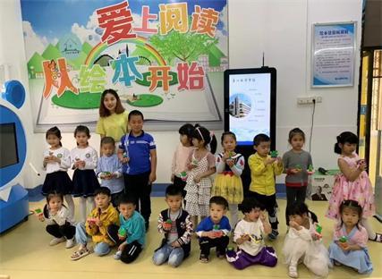 连江县图书馆携手阳光幼儿园举办亲子手工DIY活动